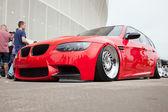 Wroclaw, Polen: 28. Juni 2014: rot Bmw Lowrider auf einer Automobilausstellung in Breslau — Stockfoto