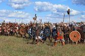 Medieval battle reconstruction Voinovo Pole (Warriors' Field) near Drakino, Russia — Stock Photo