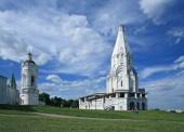 The Church of the Ascension (1532), the first tent-roof stone church in Kolomenskoye, MOscow, Russia — Stock Photo