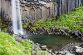 Svartifoss waterfall in Skaftafell — Stockfoto