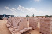Bricks output in warehouse  — Foto de Stock