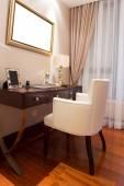 современная гостиная роскошные украшения интерьера — Стоковое фото
