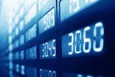 запас или правление экрана дисплея рынка обмена валюты — Стоковое фото