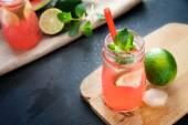 Delicious melon and lime drink — Stock Photo