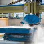 Infrared guide pillar bridge cutting machine — Stock Photo #59069995