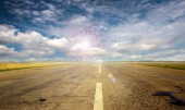 Road and sky — Foto Stock