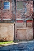 Dilapidated old brick building — Stock Photo
