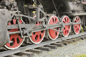 The wheels of the old steam locomotive — Stock Photo