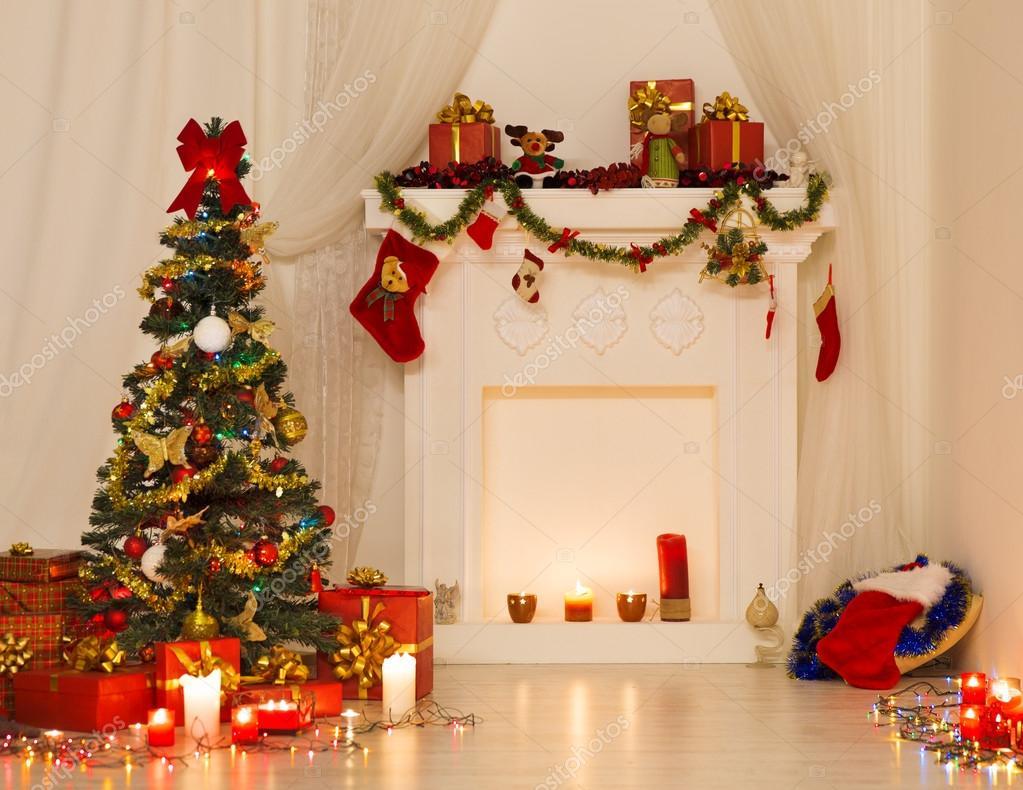 Kerstmis kamer interieur Design, kerstboom die versierd met ...