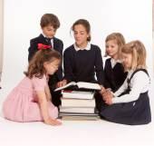 Niños en la lección — Foto de Stock