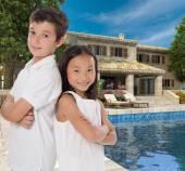Happy kids in dream house — Stock Photo