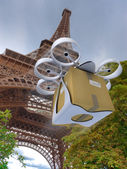 Commercial drone by the Eiffel Tower — Stock Photo