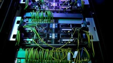 огни и связи на сетевом сервере. суперкомпьютер. — Стоковое видео