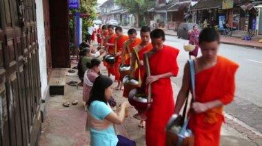 Monks's everyday morning religious ceremony — Vidéo