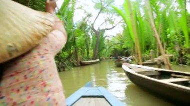 Rower Paddle Canoe at Mekong River — 图库视频影像