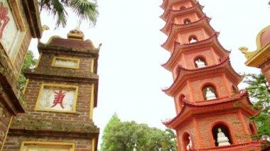 Tran Quoc Temple Pagoda — Vidéo