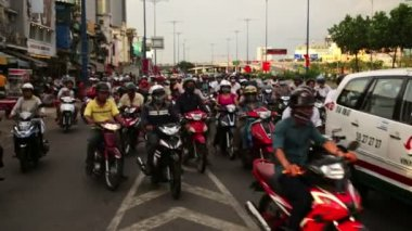 Motorbikes traffic, slow motion. — Stock Video