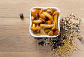 Marinated mushrooms with spices — Stock Photo
