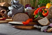 Vegetables and bread — Stock Photo