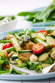 Salad with grilled green asparagus — Stock Photo