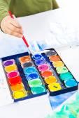 Detalle de manos de pintura — Foto de Stock
