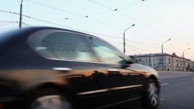 Cars go via the bridge in Moscow — Stock Video