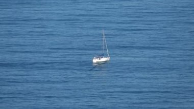 Sailing Boat at Ocean — Wideo stockowe
