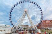 Ferris wheel in city centre of Gdansk — Stock Photo