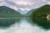 Idyllic lake scenery in Bavarian Alps — ストック写真