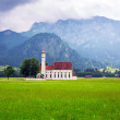 Small church in Bavarian Alps — Stok fotoğraf #53818701