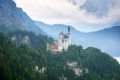 Neuschwanstein Castle in the Bavarian Alps — Stock Photo