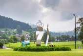 Cyclist monument in Alps, Austria — Stock Photo