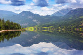 Grundlsee lake in Alps mountains — Photo