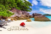 Merry Christmas from the tropical beach — Stock Photo