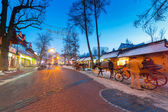 Krupowki street in Zakopane at winter time, Poland — Stok fotoğraf