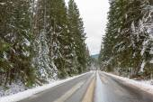 Snowy road in Tatra mountains — Stock Photo