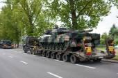 Transporting Leopard 2 tanks — Stock Photo