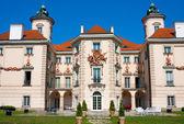 Barokowy pałac w Otwocku wielkim — Zdjęcie stockowe