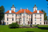 Otwock Wielki Palace of Bielinski — Stock Photo