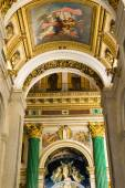 SAINT PETERSBURG, RUSSIA - September 10, 2013. Inside Saint Isaac Cathedral absolutely decorated with paintings and bas reliefs  , Russia. — Stock Photo