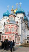 Sergiev Posad, RUSSIA-MARCH, 15, 2012. Monastery in a Sergiev Posad in the Moscow region. It was built in  14th century — Stock Photo