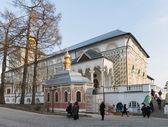 谢尔盖夫,俄罗斯-2015 年 3 月 28 日。在 Sergiyev 夫在莫斯科附近的伟大三位一体修道院。俄罗斯金环 — 图库照片