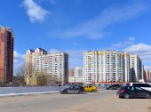 KRASNOGORSK, RUSSIA - APRIL 22,2015: Krasnogorsk is city and center of Krasnogorsky District in Moscow Oblast located on Moskva River. Area of residential development is about 2 million square feet — Foto de Stock