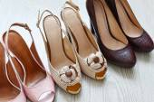 Beautiful woman shoes on the floor — Stock Photo