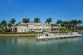 Waterside Home in Naples, Florida — Stock Photo