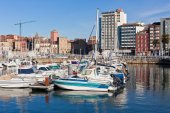 View on Old Port of Gijon and Yachts, Asturias, Northern Spain — Zdjęcie stockowe
