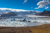 Jokulsarlon Glacier Lagoon in Vatnajokull National Park, Iceland — Stock Photo