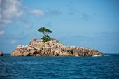 Island in the Indian ocean — Stock Photo