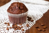 Muffin chocolate with coffee — Stock Photo