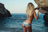 Sexy blonde at the sea — Stock Photo